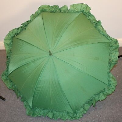 GREEN 1970s ORIGINAL VINTAGE UMBRELLA WITH FRILL.