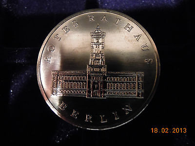"""5 Mark DDR """"Rotes Rathaus in Berlin"""" 1987, Neusilber, st"""