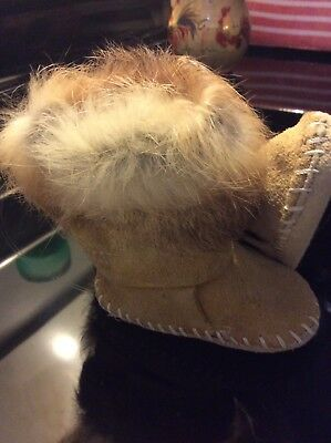 Vintage infants Taos tan Leather & Rabbit Fur Indian Moccasin Boots