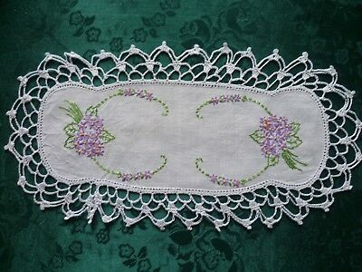 Vintage Hand Embroidered Mauve Flowers Sandwich Doiley With White Crocheted Edge