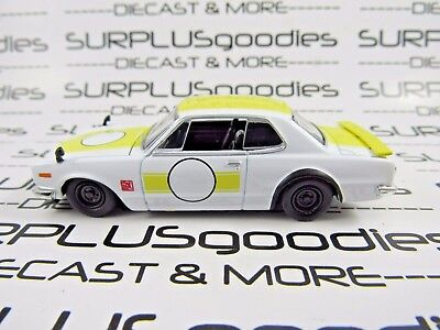 M2 Machines 1/64 LOOSE Collectible White 1971 NISSAN SKYLINE GT-R Diorama Car