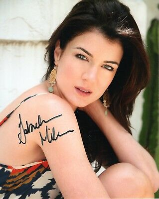 GABRIELLE MILLER HAND SIGNED 8x10 COLOR PHOTO        GORGEOUS STAR OF CORNER GAS