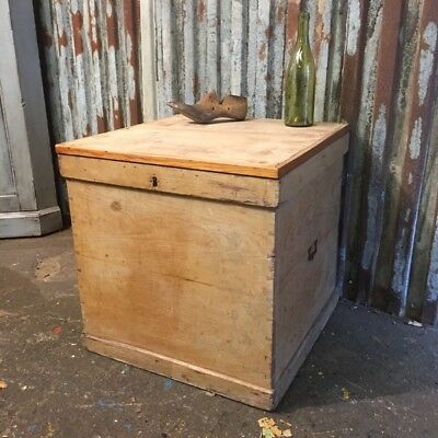 Vintage Antique Pine Trunk Chest Box Coffee Table Toy Storage Rustic Basket