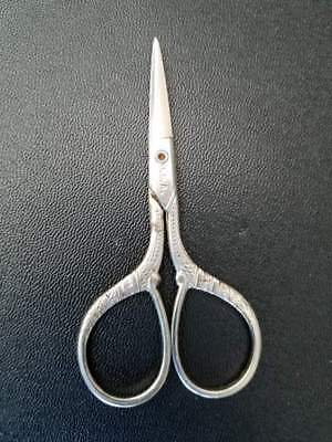 """Vintage Small Sewing Scissors  Made In USA  3 1/2""""L"""