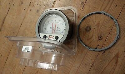 Dwyer 3000MR Photohelic Series Switch Gauge - Low differential pressure monitor