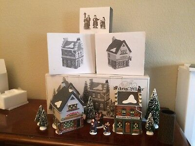 Department 56 Start a Tradition set of 13 Town Square Shops with Carolers,