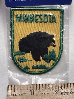 NIP Vintage Minnesota Black Bear MN State Travel Embroidered Souvenir Patch