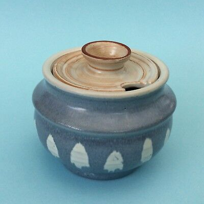 VINTAGE AUSTRALIAN STUDIO POTTERY PHYL DUNN (1915-1999) Small Blue Sugar Bowl