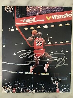 Micheal Jordan Autograph Hand Signed  8 X 10 Photo Picture Chicago Bulls