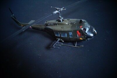 1:32 Bell UH-1