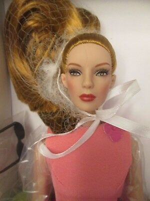 Rose Rouge Tonner Doll NRFB Chic Body Marley Wentworth Redhead 500 Made 2015