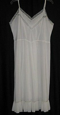Vtg BARBIZON Crystal Pleats & Lace FULL Slip Negligee Nightgown Lingerie 42 BUST