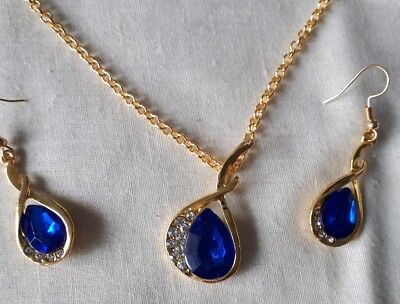 Blue Stone Pendant Necklace Matching Earrings Gold Tone Settings/Chain Brand New