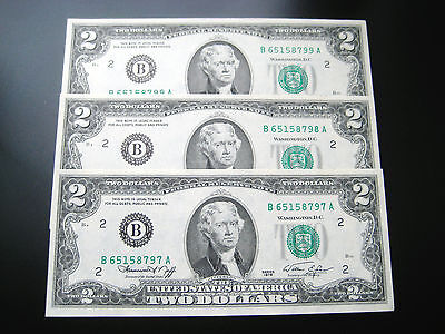 (3) $2 1976 ((NEW YORK)) FEDERAL RESERVE NOTE CHOICE UNC NOTE has tiny stain