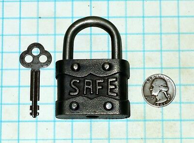 Vtg Antique Old Cast Iron Warded Safe Lock Co. Ornately Embossed Padlock and Key