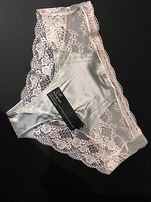 Luxurious Silk with French Designed Lace Ladies Knickers Size 18 Green