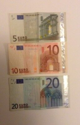35 Euros . leftover from vacation. 20 , 5 and 10 .