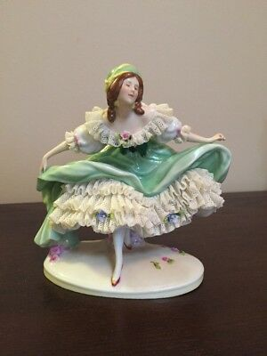 Scheibe Alsbach German Porcelain Figurine #12119 - Lady In Green Dress Curtsy