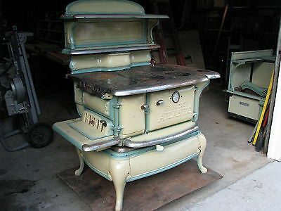 ANTIQUE ATLANTIC PRINCESS WOOD STOVE  made in 1928