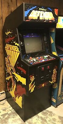 Williams Defender Arcade Video Game 1981 Working