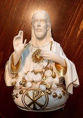 """""""sacred Heart Of Jesus"""" Hand Painted Porcelain Music Box From The Franklin Mint"""