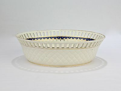 Antique Ea. 19C Wedgwood Neoclassical Creamware Reticulated Bowl - 892 Basket PC