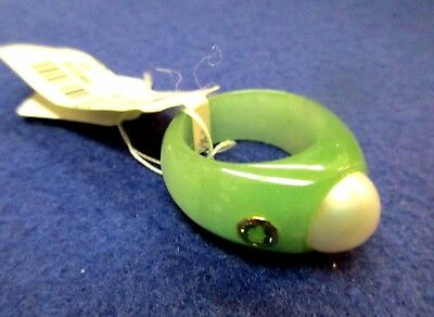 14K Gold Carved Jade Ladies Ring w Peridot Set Stones Size 7 Large Pearl
