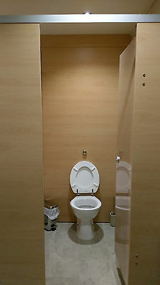 Single toilet cubicle and fittings to fit between 2 walls max 1 metre wide