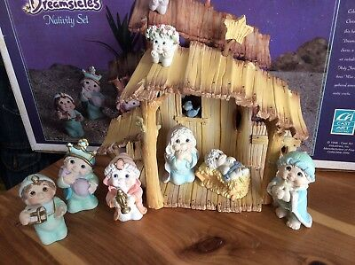 Dreamsicles RARE Angels Cherubs NATIVITY Set Cast Art Manger In Original Box