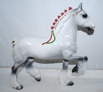 Peter Stone Trotting Drafter Christmas Horse - No reserve