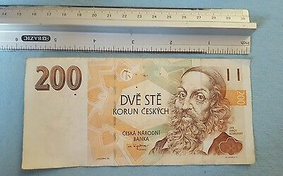 CZECH REPUBLIC 200 KORUN 1998 BOOK HAND CZECHSLOVAKIA NOTE dve ste D64 series