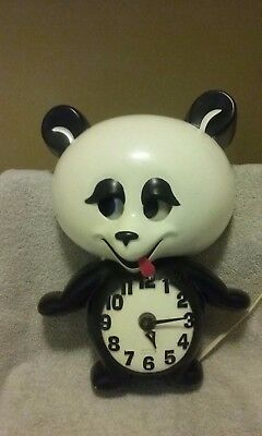 Spartus Panda Motorized Wall Clock, Black & White. Eyes move back and forth.