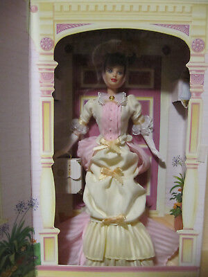 Barbie Collector Avon - Mrs P.F.E. Albee - Second in a series - NRFB