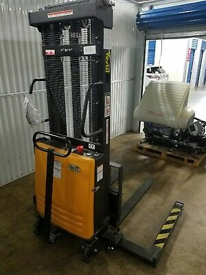Electric pallet stacker vestil SL-118-AA