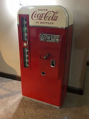 Coca Cola Original Vending Machine
