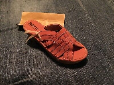 Born collectibles SIGNED Mini BORN Wood Heel Rust SANDAL 2006 collection