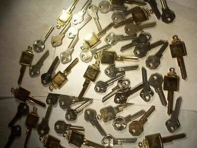 64  Old Vintage Keys  For Chrysler     Key Blank  Uncut  Locksmith