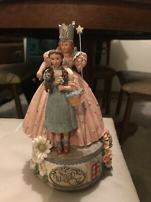 Authentic Wizard Of Oz Dorothy And Glinda Wind Up Music ceramic statue
