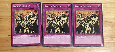 3 X Ldk2-Eny39 Backup Soldier 1St Ed Mint Playset