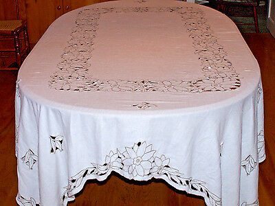 "BEAUTIFUL VINTAGE LINEN CUTWORK TABLECLOTH, BANQUET SIZED, 102"" LONG, c1940"