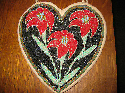 Plateau Heart Bag with Floral Design