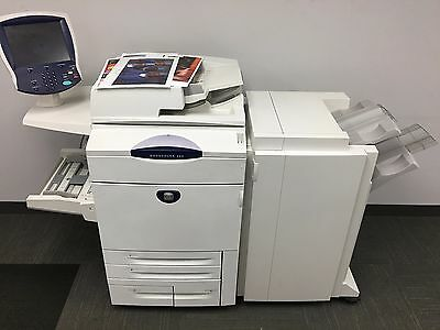 Xerox DocuColor 252 with bustle and Advanced Staple Finisher with low meter