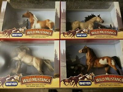 Breyer Horse Lot of 4 2006 NIB America's Wild Mustangs