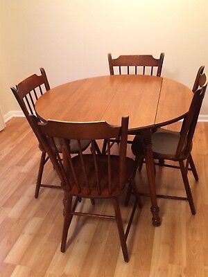 NO RESERVE! TELL CITY TABLE, EXTENSION LEAF & 4 CHAIRS (Hard Maple)