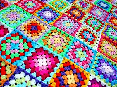 Handmade Retro MultiColoured Granny Square Crochet Baby Blanket Afghan Christmas