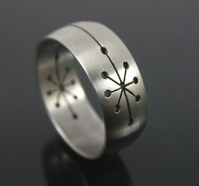 Stainless Steel Cut Out Star Design Men's Or Woman's Ring Size Uk S. Us 9.