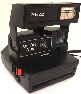 Lot of 2 Polaroid 600 Instant Cameras - OneStep CloseUp & OneStep Flash - Tested