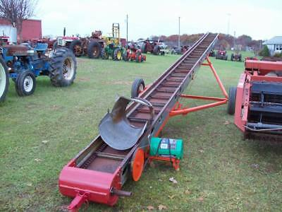 New Idea 40ft Hay and Grain Elevator , Late Model w/Motor,  Good Condition