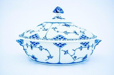 Tureen #620 - Blue Fluted - Royal Copenhagen - Half Lace - 1st Quality