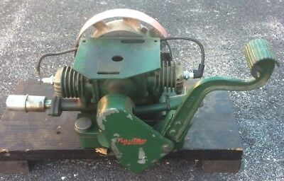 EARLY 1937 ANTIQUE MAYTAG MODEL 72 TWIN CYLNDER ENGINE Hit And Miss Motor RUNS!